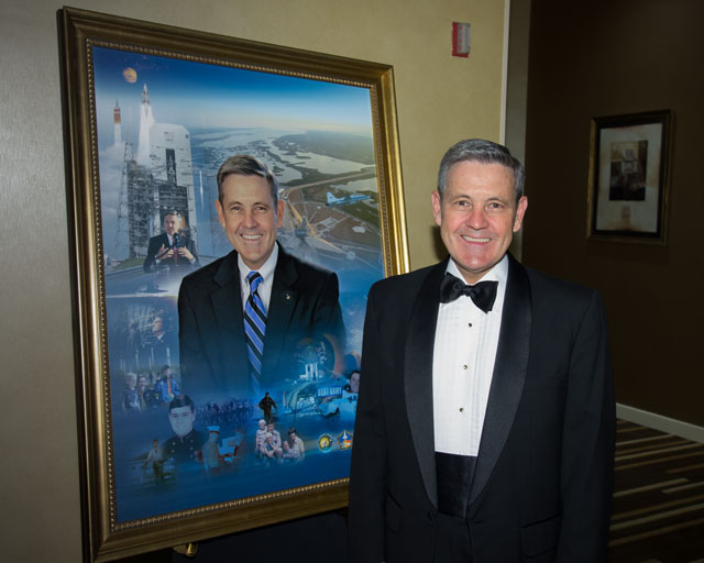 Col. Robert Cabana with his RNASA portrait